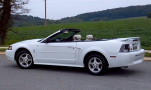 Ford Mustang Convertible 2003