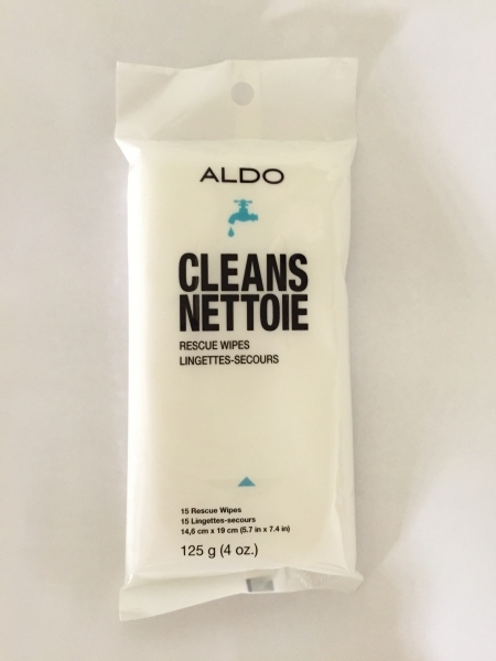 Wipes To Remove Dirt And Salt Stains On Leather Or Suede