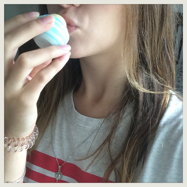 EOS Visibly Soft Lip Balm in vanilla mint