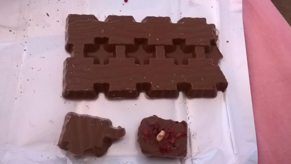 Milka Collage Raspberry, chocolate bar